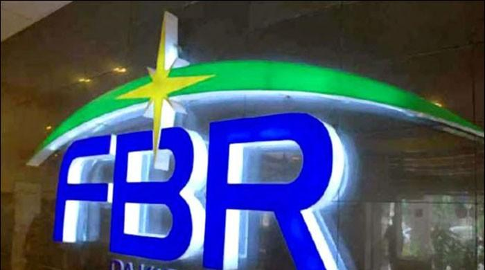FBR expedites tax recovery drive to meet Rs661bln revenue shortfall