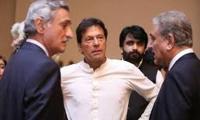PTI infighting now in open