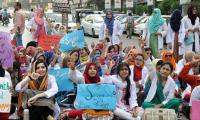 Young doctors to continue strike on Monday as  talks with govt fail again