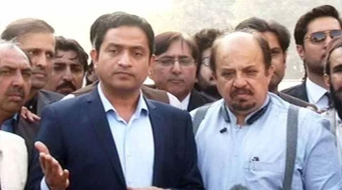 PTI MPAs protest against PPP govt over persisting water shortage ...