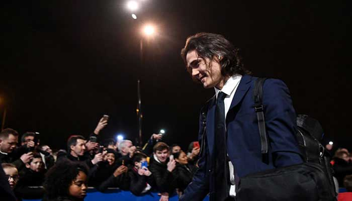 Cavani won't make Manchester United debut in next Premier League clash