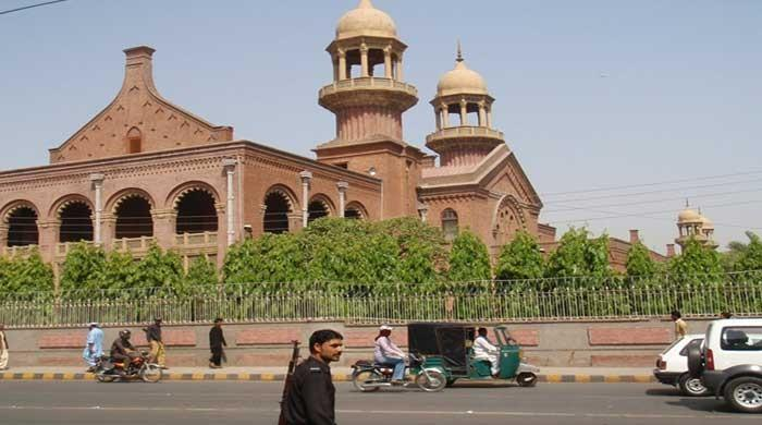LHC disposes of contempt plea against CM Usman Buzdar, others