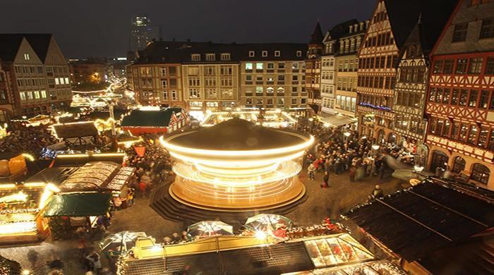 Virus cases hit record highs in America; Frankfurt cancels X-mas market over virus spike