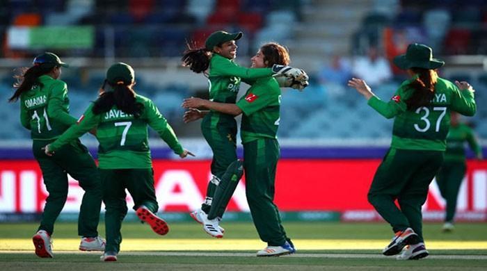 Dynamites crush Blasters in women's T20 cricket