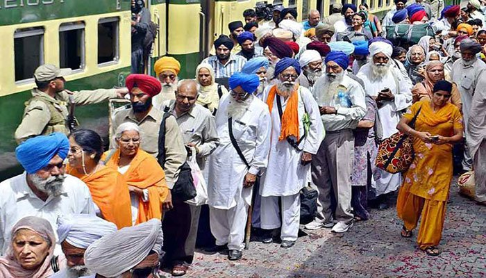 Sikhs mark Guru Nanak's 551st birth anniversary