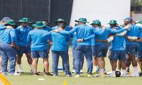 South African cricketers begin training