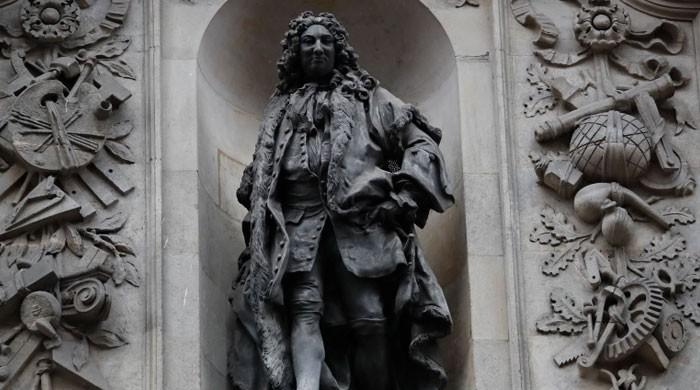 London to remove two statues linked to slavery