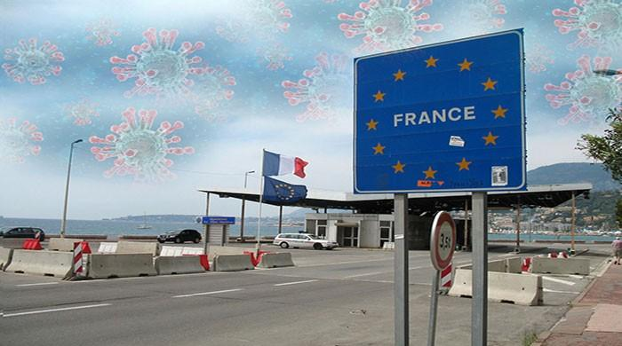 France imposes border controls to avoid lockdown