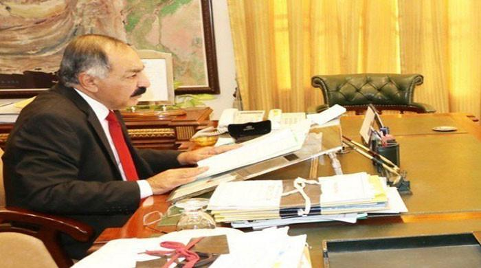 PM asks Balochistan governor to step down