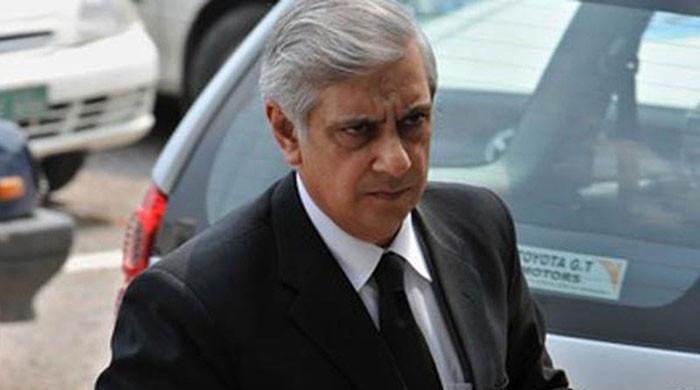 Judges dominate all institutions: Irfan Qadir