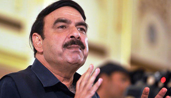 Efforts on to bring Nawaz back: Sh Rashid