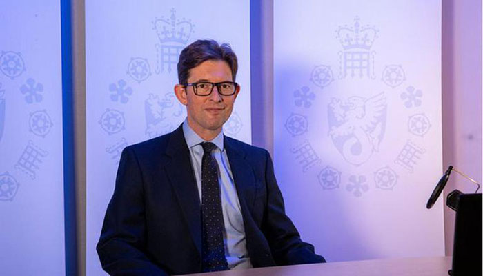 UK spy chief urges public vigilance