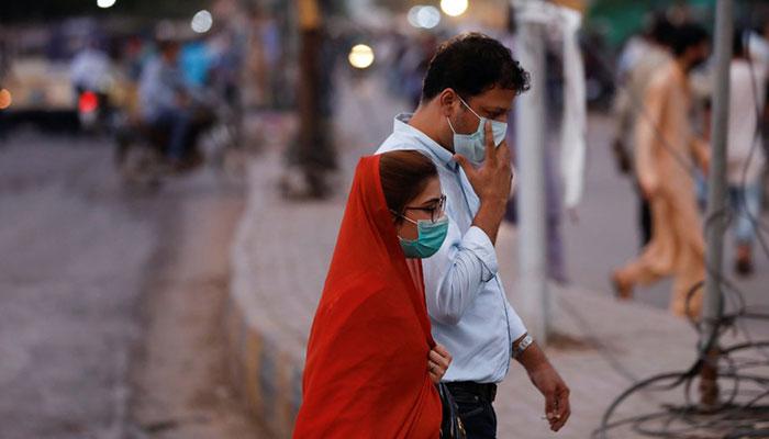 Karachi records 2,200 more Covid cases as partial lockdown kicks off