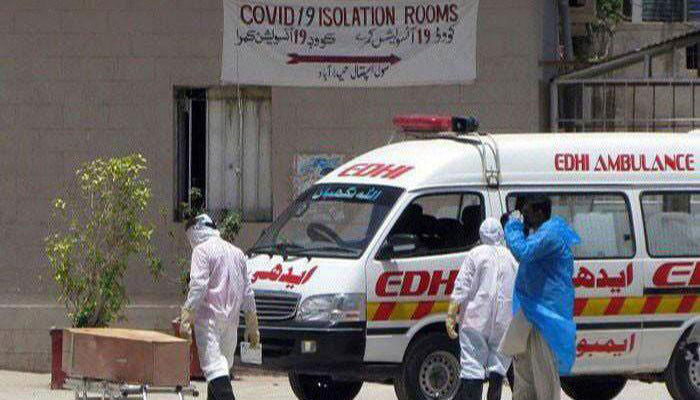 Covid-19 claims 17 more lives, infects 925 others in Sindh
