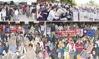 Journalists picket Parliament House to protest PMDA, curbs