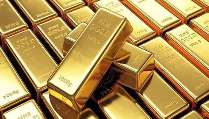 Gold rates up Rs400/tola
