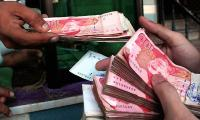 Rupee hits all-time low; looks vulnerable