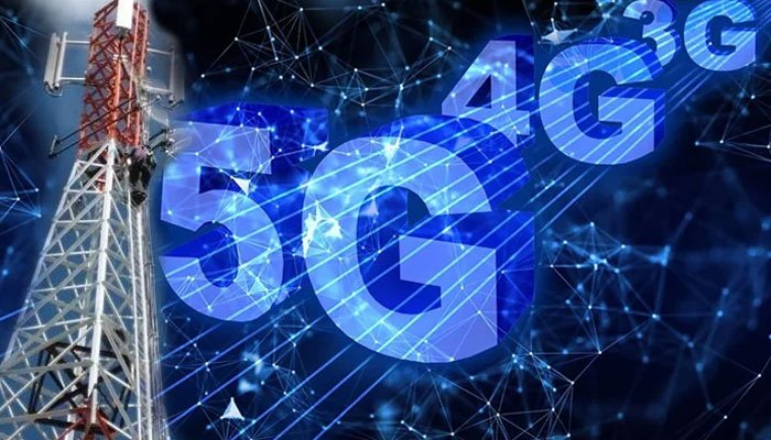 Burn in hell: French monks set fire to 5G masts