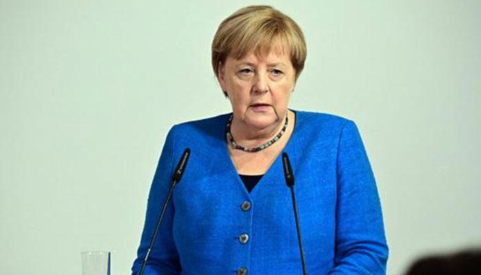 Merkel bids farewell to Stralsund