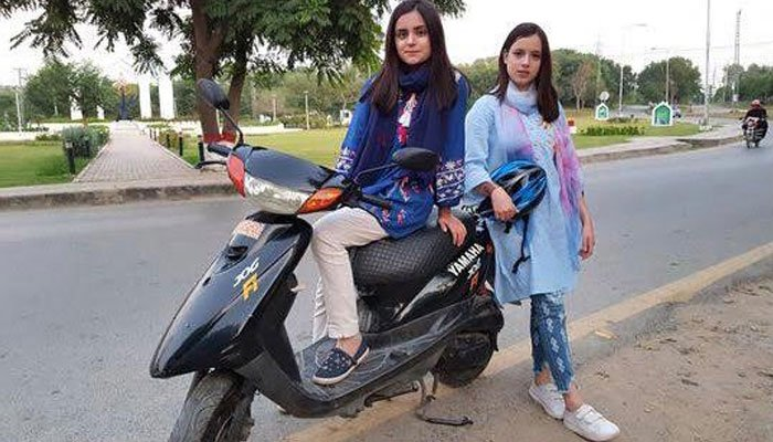 Trend of Scooty on the rise among girls in capital