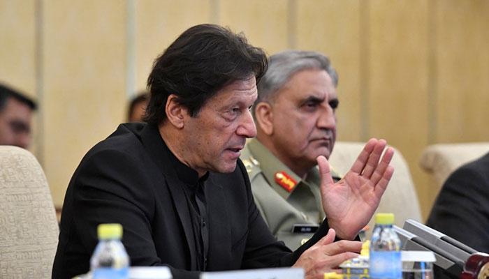 Prime Minister Imran Khan andChief of Army Staff (COAS) General Qamar Javed Bajwa. File photo