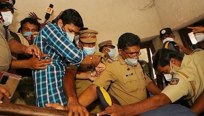 Indian cobra killer gets life term for murdering wife