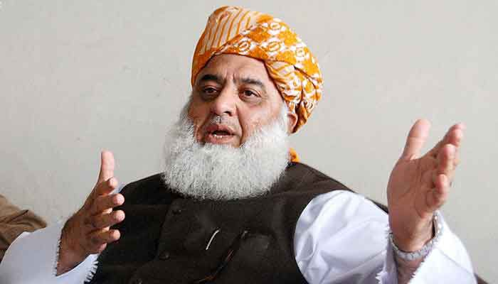 Fazl vows to expedite efforts to overthrow govt