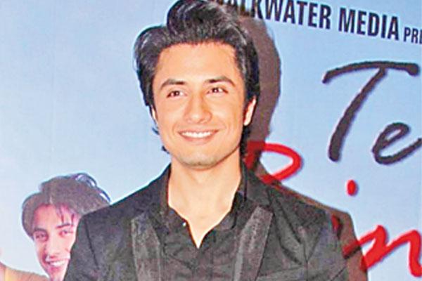 Ali Zafar turns item boy for Tere Bin Laden sequel