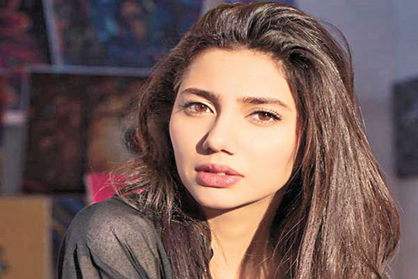 Mahira Khan to attend Femina Women Awards