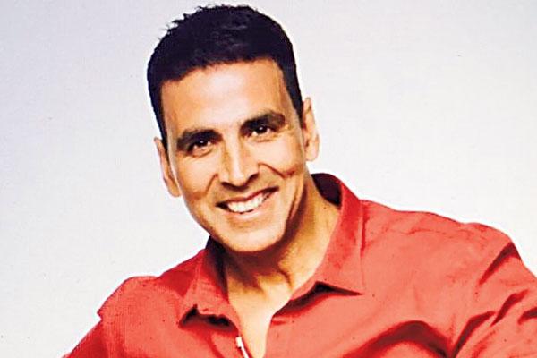 KJo to Riteish, wishes for Akshay Kumar's turning 49
