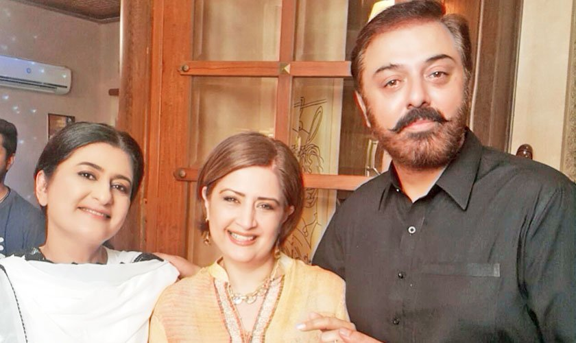 BTS image: Veteran actors Saba Hameed, Atiqa Odho and Noman Ijaz on the set of politically charged TV serial - Khan.