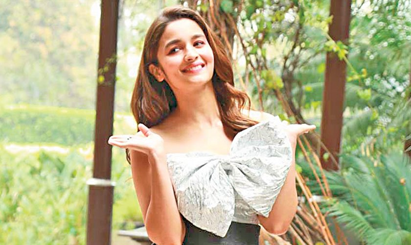 Alia Bhatt to play a Kashmiri Muslim in Raazi
