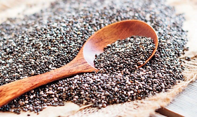 Super Seeds Chia Versus Basil Seeds