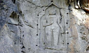 Exploring the Buddhist treasure