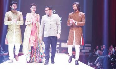 Pakistani fashion's foreign parade