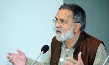Praful Bidwai -- the peacemaker