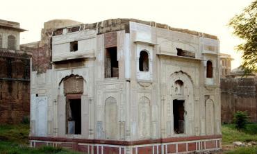 Bhai Vasti Raam's samadhi: A relic or a ruin?