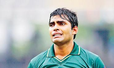 What's wrong with Umar Akmal?