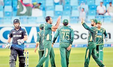 Pakistan ponder their fall