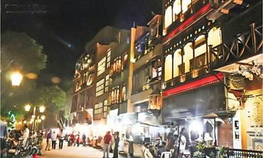 Lahore food you crave in Karachi
