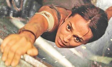 Video game icon gets 'run, Lara, run!' reboot