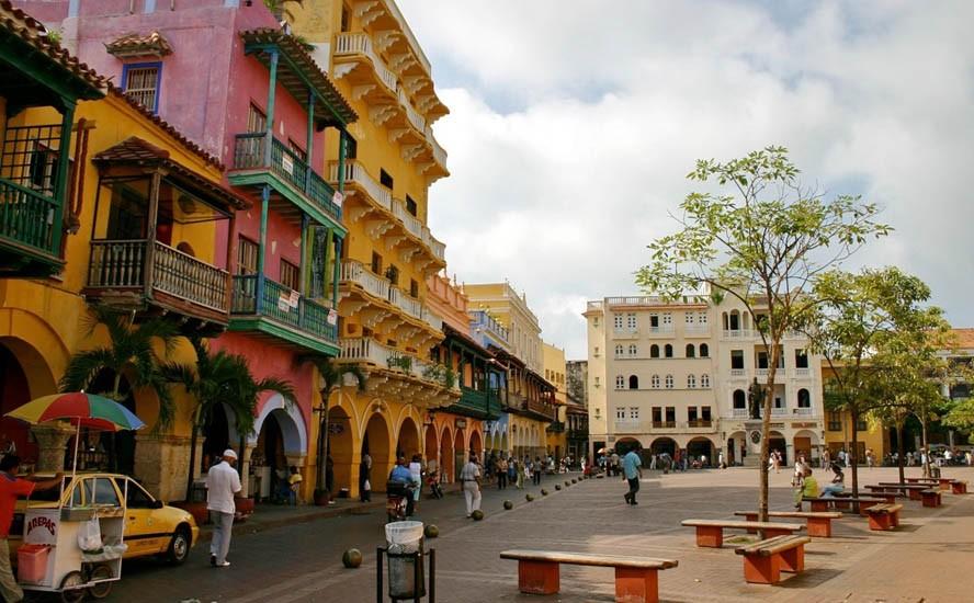 Amethyst afternoons in Cartagena