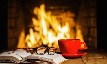 Something unequivocally classic about reading in winters