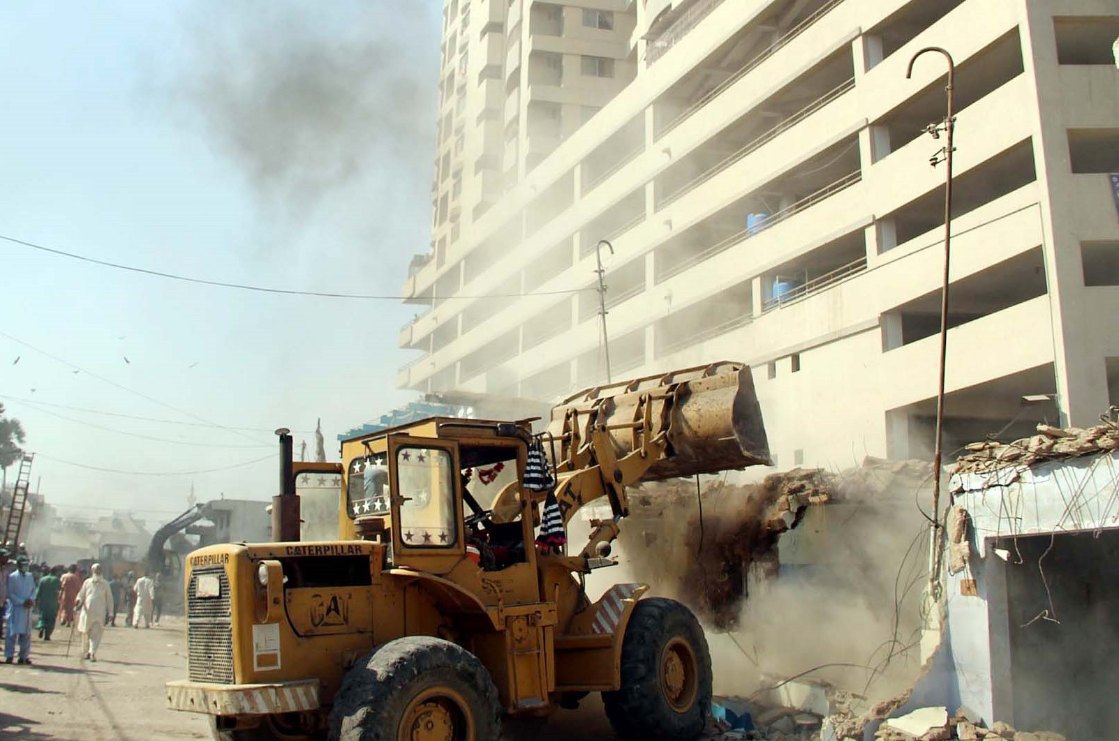 Planning Karachi through verdicts