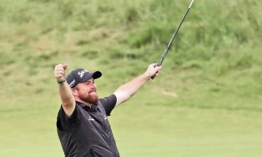Lowry soaks in British Open glory after weathering inner storm