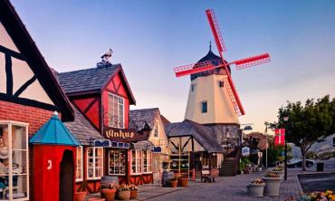A Danish town in California