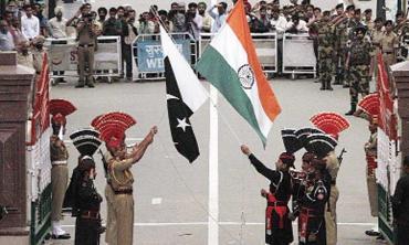 Peace eludes India, Pakistan