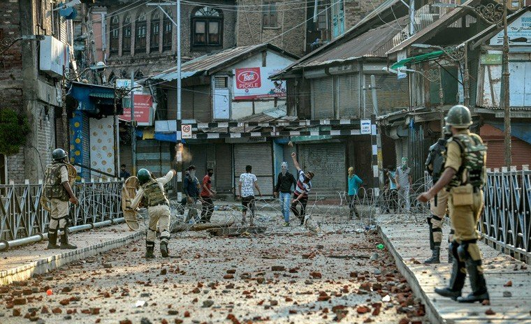 Time stands still in occupied Kashmir | Political Economy | thenews.com.pk