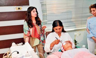 BEAUTY STATION! A quiet spot for skin therapy