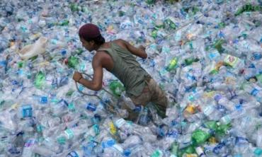 Unwrapping the plastic policy